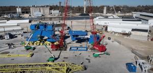 Cranes assembling Big Blue on a construction site